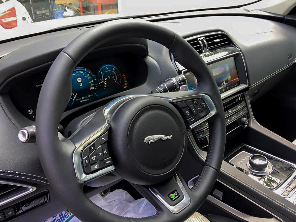 Vehículo Jaguar