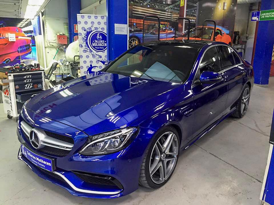 Vehículo Mercedes